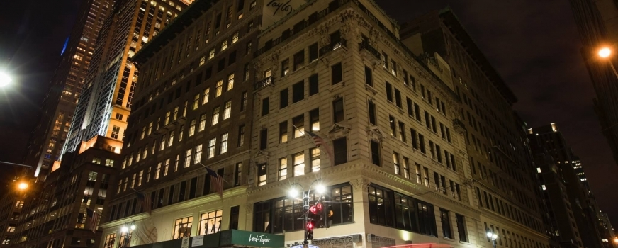 <h5><strong>Lord &#038; Taylor Building, Icon of New York Retail, to Become WeWork Headquarters</h5></strong>